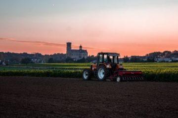 vybor-traktora-poleznye-sovety